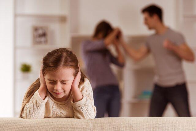 Пережитое насилие. Как преодолеть последствия травмы насилия, полученной в детстве?